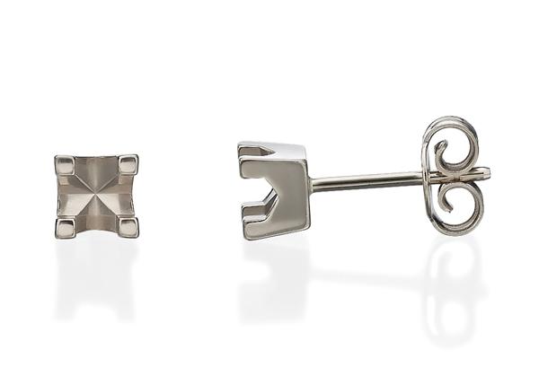 Stud Basket Diamond Earrings