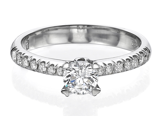 Micropave Engagement Ring 4.1mm/0.25ct