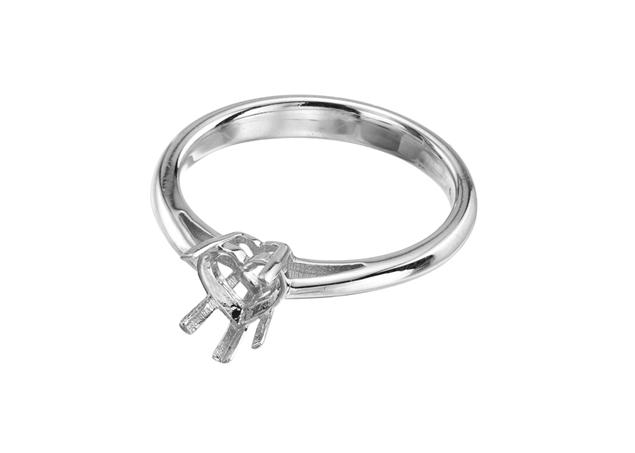תמונה של טבעת סוליטר לב לשיבוץ