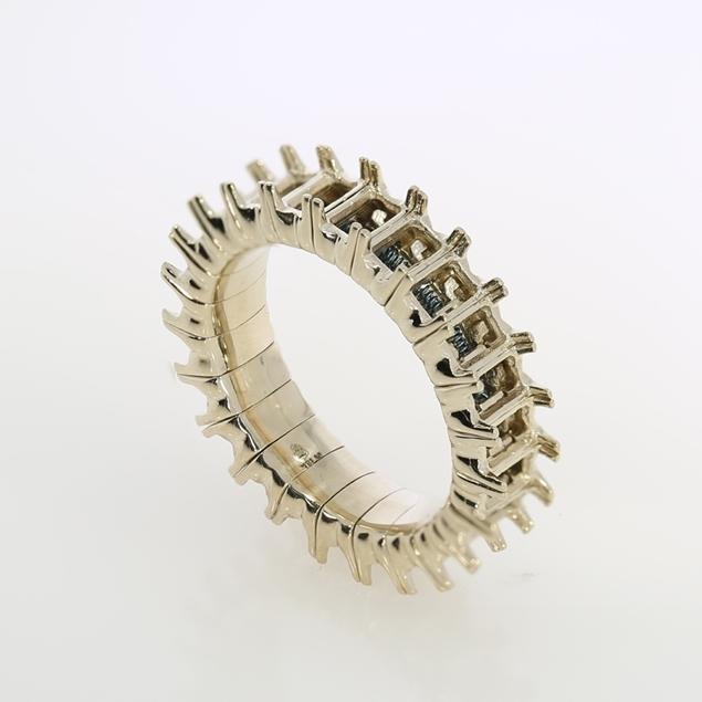 תמונה של טבעת טניס לאמרלד גמישה